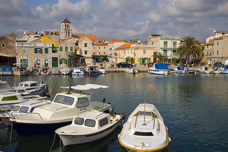 Vodice - Rent a Boat Angelino Tribunj