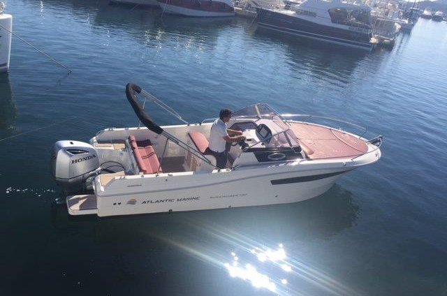 Atlantic 730 Sun Cruiser 2017 - Rent a Boat Angelino Tribunj