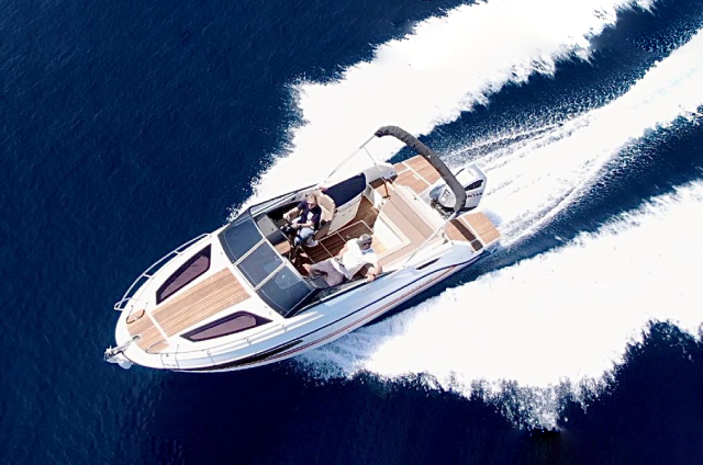 Quicksilver Activ 755 Cruiser - Rent a Boat Angelino Tribunj